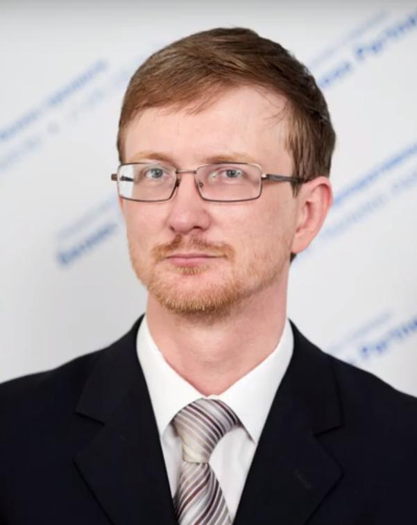 Валерий Казарин